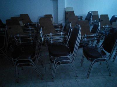 ขายเก้าอี้เลคเชอร์ โต๊ะ โซฟา เก้าอี้ผู้บริหารมือสอง