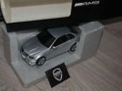 Mercedes C 63 AMG silver Autoart dealer ed. 1/18 SEE INFO