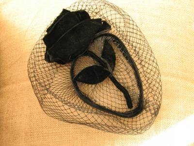 Film Noir Flower Vintage 1940s Velvet Rose Cocktail Hat with Veil